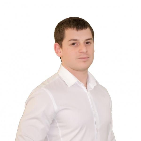 Виталий Аллало