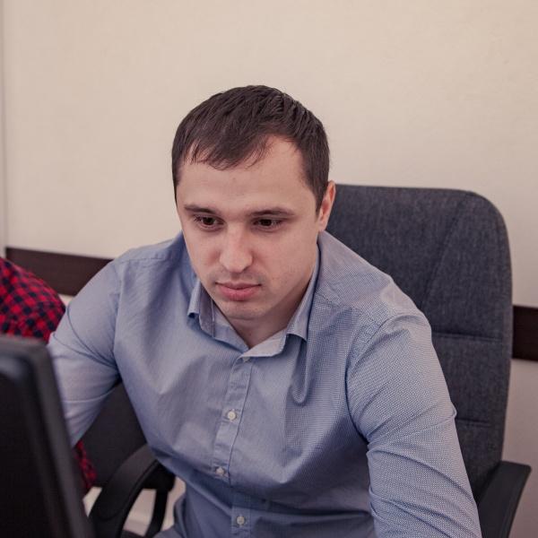 Роман Борох